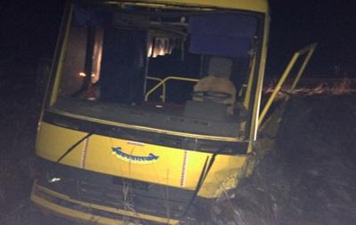У Житомирській області шкільний автобус потрапив у ДТП