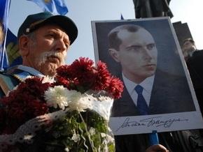 В центре Киева собрались сторонники КПУ и других левых сил