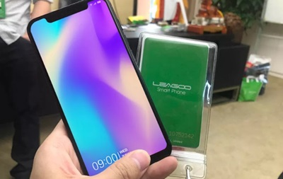 В Сети показали китайский клон iPhone X