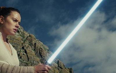 Новый отрывок «Звездных войн» вдень предпремьерных показов собрал рекордну ...