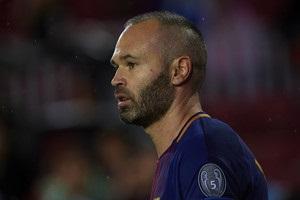Иньеста рассказал, каким должен быть центральный защитник Барселоны