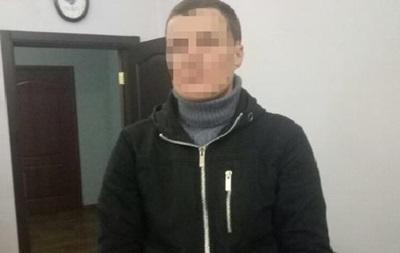 У Києві чоловік тричі пограбував один і той же пункт видачі кредитів