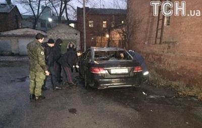 В Днепре подорвали авто прокурора