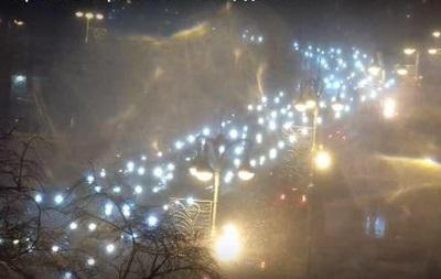 Київ зупинився в заторах через негоду
