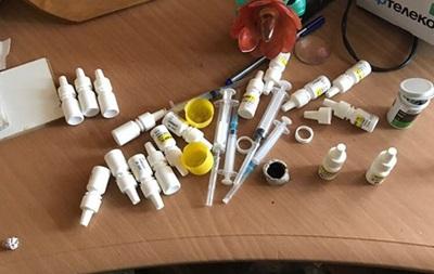 Под Львовом супруги-учителя продавали ученикам наркотики