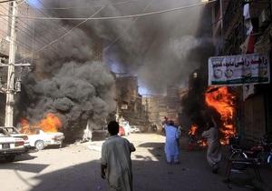 В Пакистане прогремел взрыв возле переполненного храма, есть жертвы