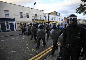 В Великобритании удалось прекратить уличные беспорядки