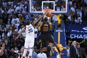 Звіт НБА: Дюрант двічі сфолив на ЛеБроні в ключовий атаці