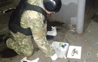 У Запорізькій області злочинець грабував ломбарди з муляжем бомби