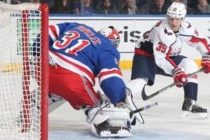 НХЛ: Оттава програла Бостону, Рейнджерс без забитих шайб виграли у Вашингтона