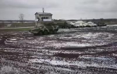 Военным передали около 4000 образцов вооружения
