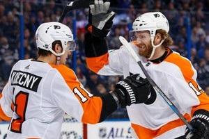 НХЛ: Рейнджерс по буллитам проиграли Детройту, поражение Питтсбурга