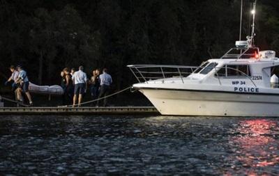 Около Сиднея самолет упал в реку: все находившиеся на борту погибли