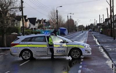 В Ірландії чоловік з ножем напав на перехожих