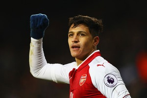 Манчестер Сити может усилиться Санчесом из-за травмы Жезуса