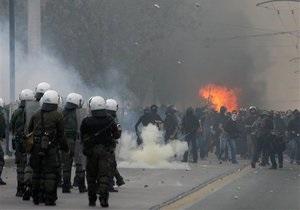 В Греции полиция разгоняет митинги против визита Меркель слезоточивым газом
