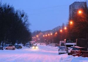 снег в киеве - ситуация на дорогах - пробки: В Киеве снова идет снег