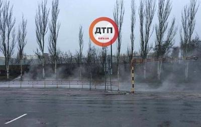 В Киеве улицу залило кипятком
