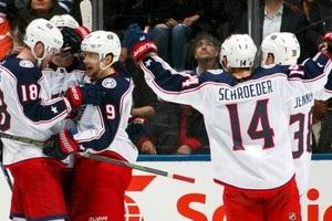 НХЛ: Коламбус в овертайме обыграл Торонто