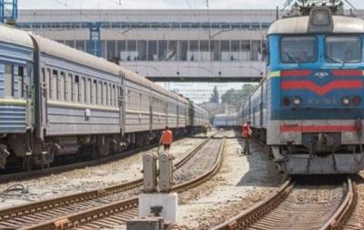 У Київській області  замінували  два потяги