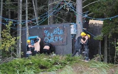 У Фінляндії виправдали музикантів, які побудували гей-бар  на дачі Путіна