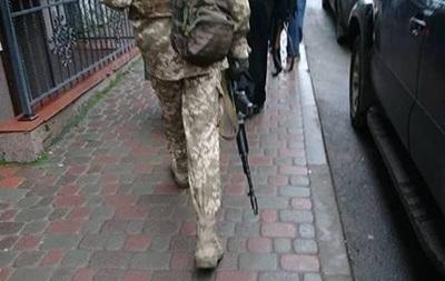 У Тернополі колядник з автоматом викликав паніку