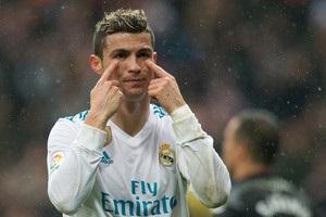 Роналду чувствует себя обманутым в Реале и хочет уйти - СМИ
