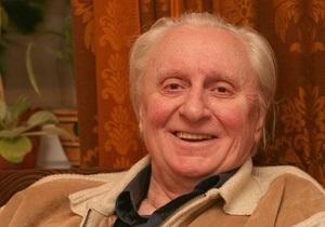 Ющенко наградил орденом автора трилогии Тореадоры из Васюковки