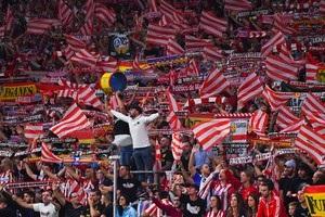 Фанат Атлетіко отримав ножові поранення перед матчем Кубка Іспанії