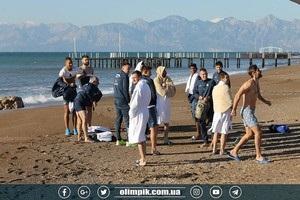 Олімпік відзначив Водохреща запливом у Середземному морі