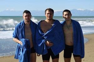 Гравці Шахтаря на Водохреща скупалися в Середземному морі