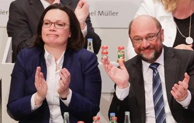 Партия Шульца проголосовала за начало переговоров о  большой коалиции