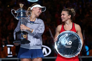 Возняцкі обіграла Халеп у фіналі Australian Open