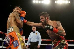 Линарес защитил пояс WBA, выиграв 13-й бой кряду