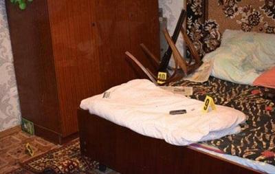 У Вінницькій області чоловік зарізав дружину і застрелився з рушниці
