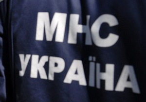 В Симферополе пьяный мужчина застрял головой в оконной решетке