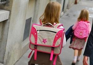 Американцы массово скупают детские пуленепробиваемые рюкзаки