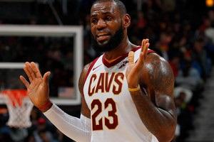 Голден Стейт може запропонувати контракт ЛеБрону в міжсезоння - ESPN