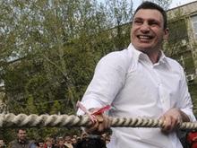 Черновецкий, Кличко и Пилипишин лидируют в предвыборной гонке