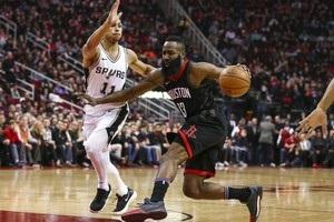 НБА: Сан-Антонио не справился с Хьюстоном, сумасшедшая победа Оклахомы