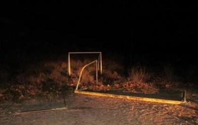 У Севастополі футбольні ворота вбили школяра