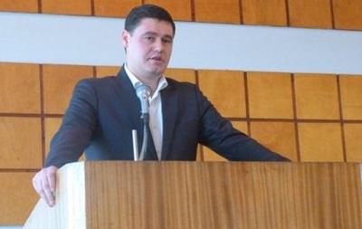 Подозреваемый во взяточничестве депутат выходит за два млн грн залога