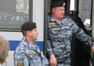 Милиция добилась обыска в редакции The New Times за статью о российском ОМОНе