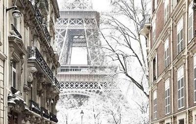 У Парижі вдруге за тиждень закрили для туристів Ейфелеву вежу