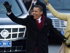 Пожарного отстранили за подмигивание Обаме