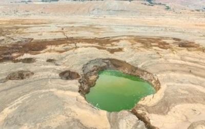 Около Мертвого моря появились тысячи карстовых воронок