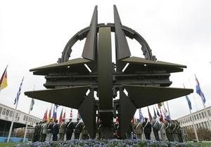 Отдельные члены НАТО могут направить военных в Ливию