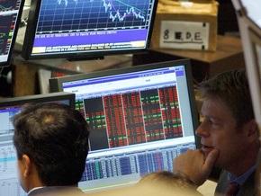 Индекс Dow Jones опустился ниже 9000 пунктов