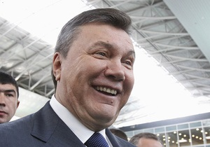 Янукович намерен пригласить Меркель на финал Евро-2012