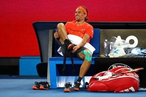 Долгополов снялся с четвертого турнира кряду
